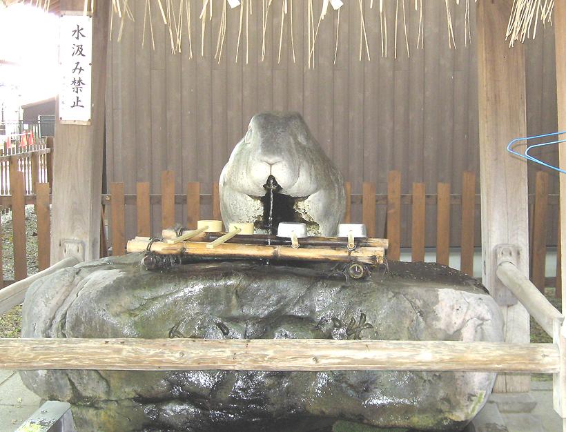 調神社 つきのみや 浦和 神社 うさぎ ウサギ 兎