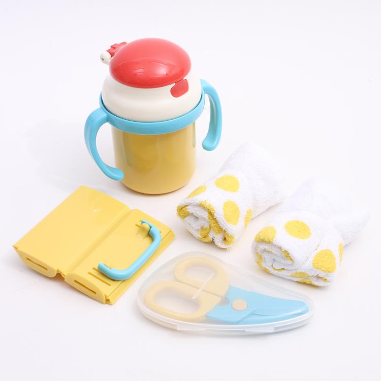 子供用の食器